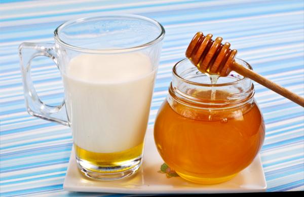 milch und honig trinken tipps zum einschlafen