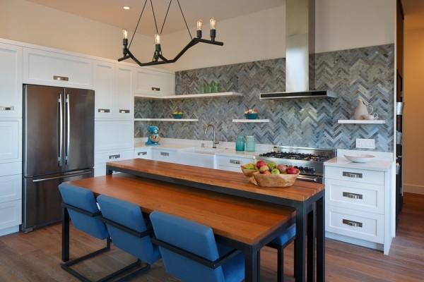 moderne Küche Holz kombiniert mit Naturmaterialien