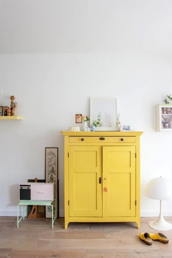 moderne kommode gelb türen schublade