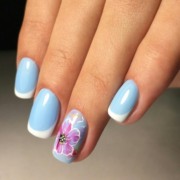 nageldesign selber machen blauer nagellack blume