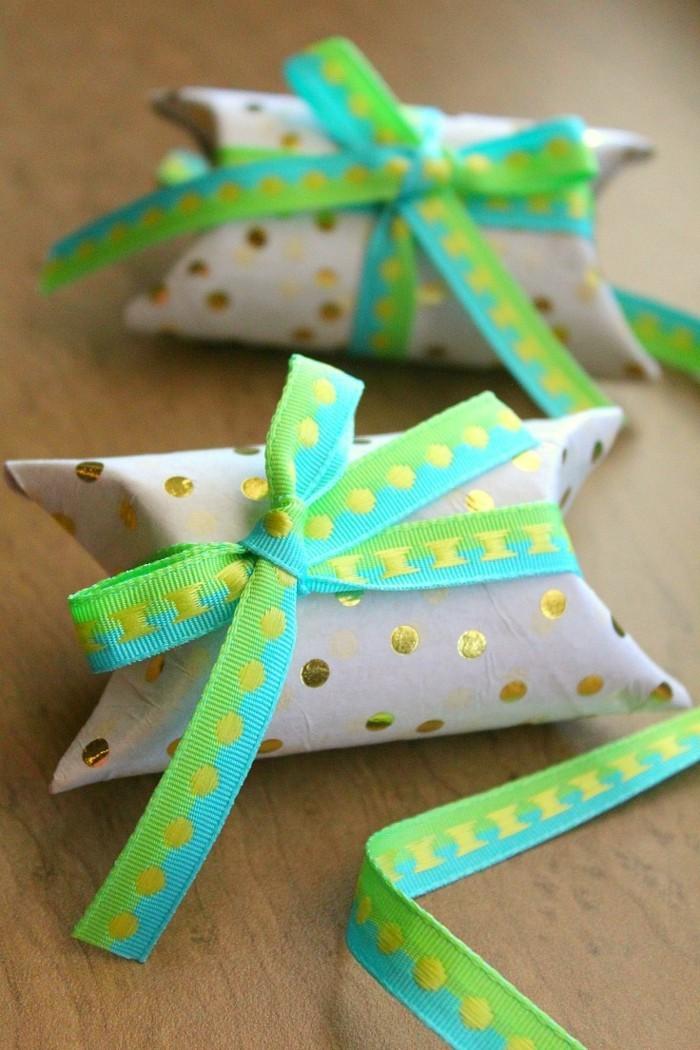 osterdeko selber machen basteln mit klopapierrollen gschenkverpackung