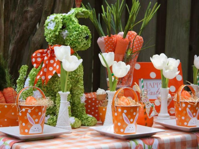 osterdekoration basteln orange akzente weiße tulpen