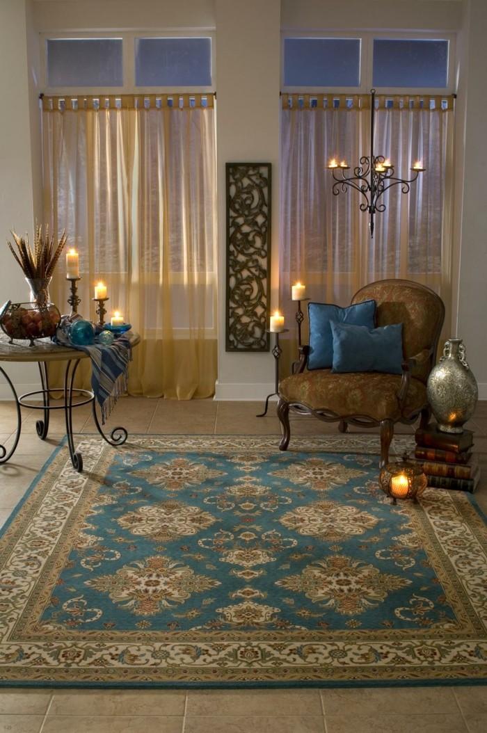 perserteppiche gemütliches wohnzimmer luftige gardinen kerzen