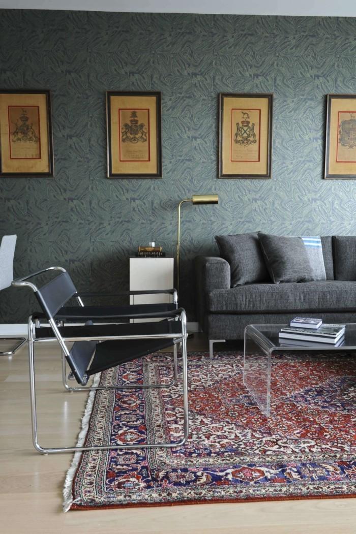 perserteppiche wohnzimmer graues sofa transparenter couchtisch