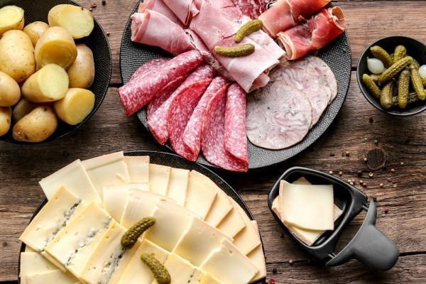 raclette ideen fleisch und käsesorten