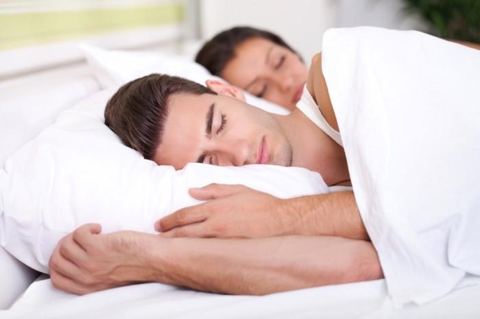 schlafzimmer gestalten gesund schlafen richtige matratze