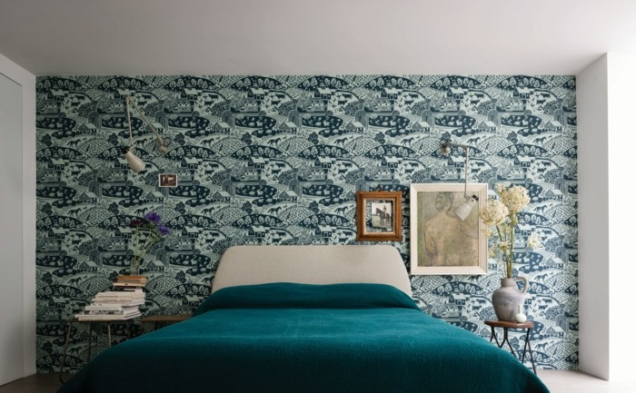 tapeten schlafzimmer ideen ausgefallenes muster grüne bettdecke
