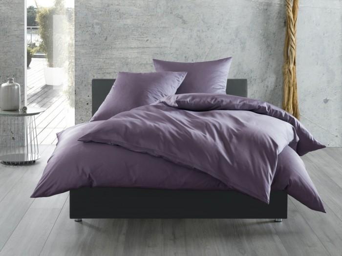 ultra violet bettwäsche betonwände schlafzimmer