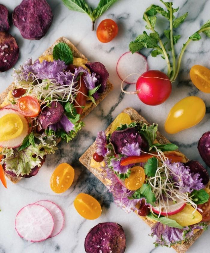 veganes frühstück frisches gemüse gesund
