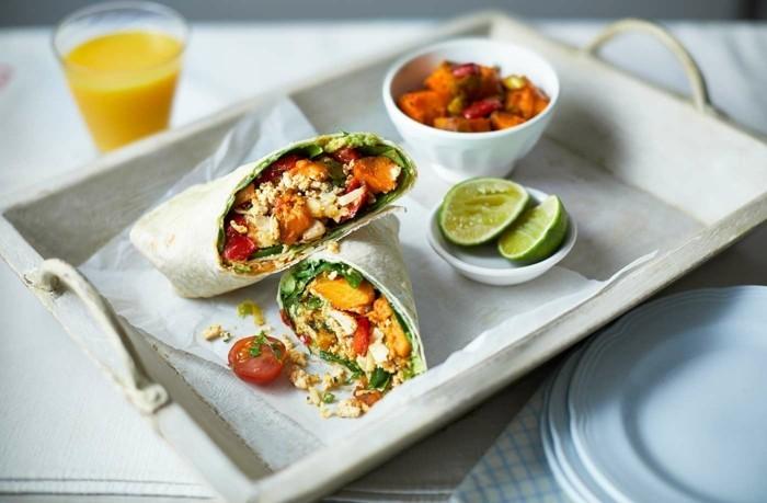 wrap ideen veganes frühstück mit obst und gemüse