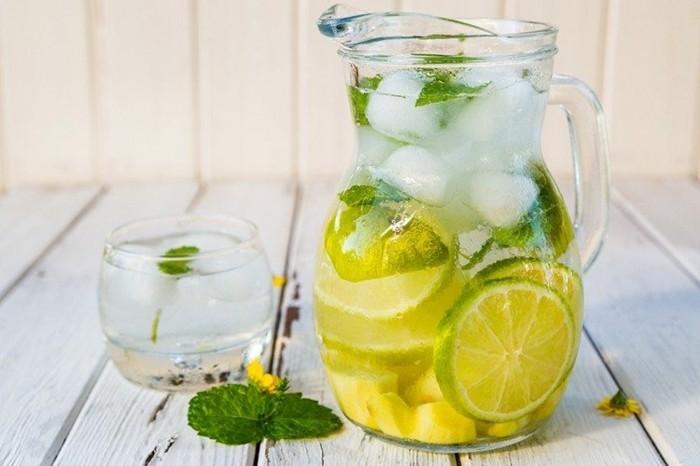 zitronenwasser mit ingwer gesund detox kur