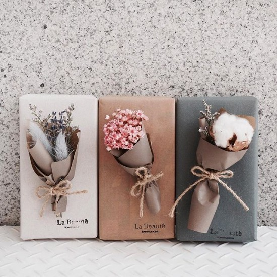 Blumenarrangements selber basteln schöne Muttertagsgeschenke