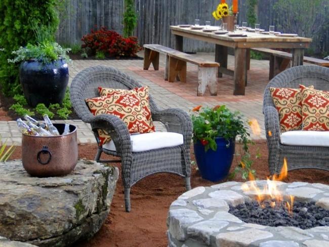 Brandgefahrmaßnahmen Bau einer Feuerstelle im Garten Relax Zone gestalten