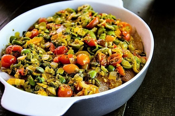 Buntbarsch mit Gemüse