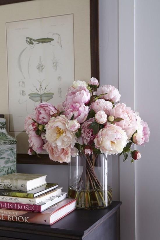 Feng Shui Blumen Bedeutung blühende Pfingstrosen verführerisch