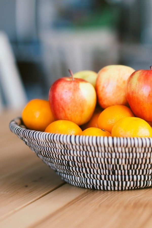 Frisches Obst auf dem Tisch Glücksbringer