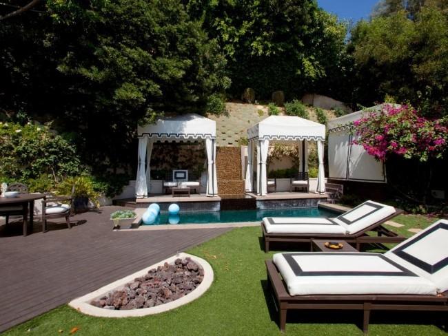 Garten Traum Pool Feuerstelle Liegestühle im Garten
