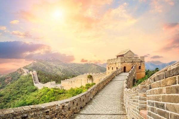 Größte Sehenswürdigkeit der Welt Chinesische Mauer Abenteuerreisen
