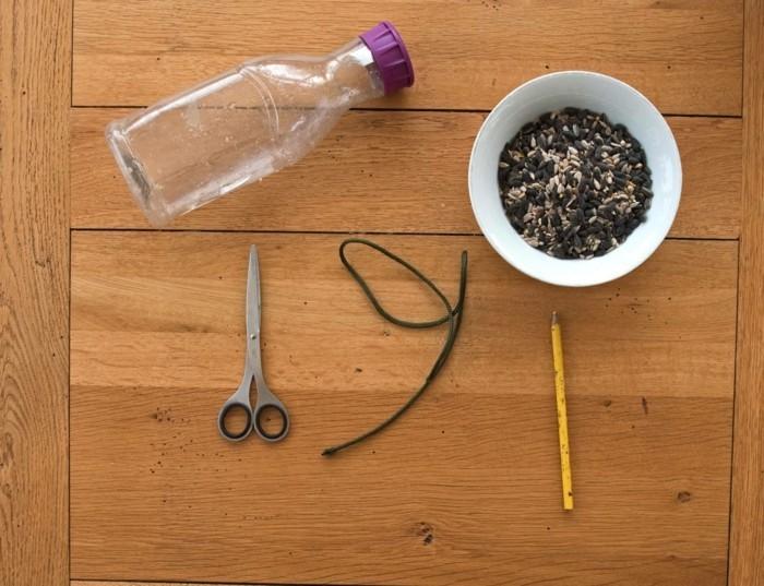 Recycling basteln Vogelfutterhaus bauen Müll reduzieren koerner