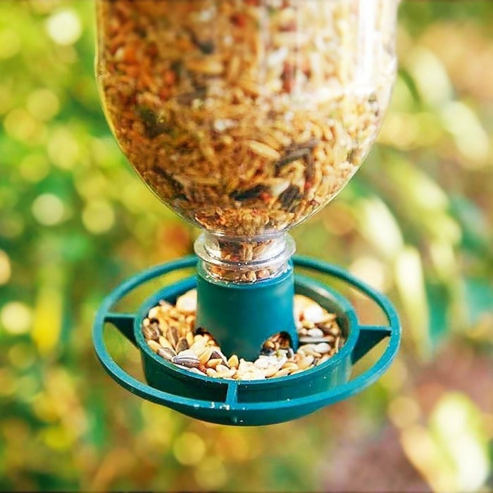 Recycling basteln Vogelfutterhaus bauen Müll reduzieren verstellbar