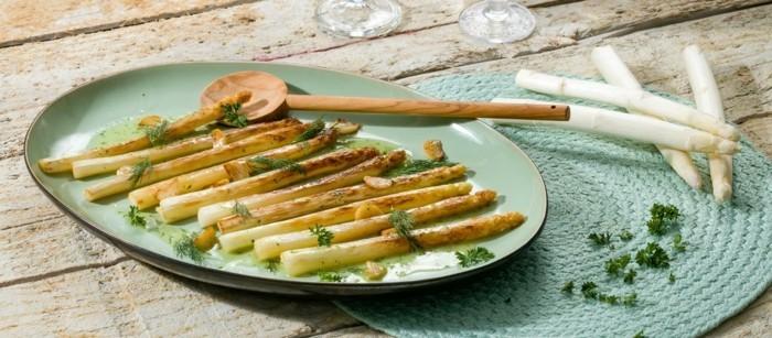 Spargel richtig kochen spargelzeit spargel gesund gebacken