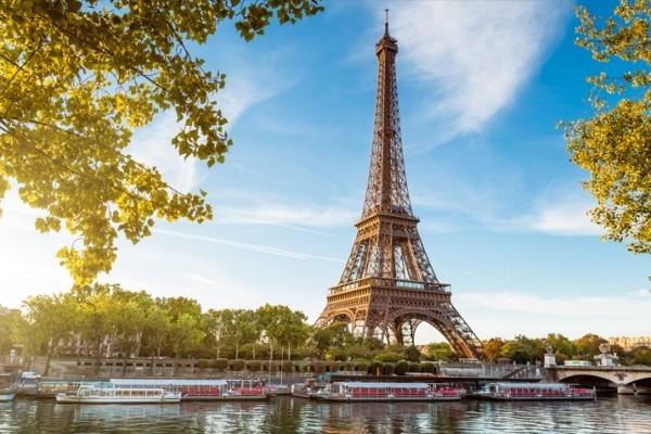 Sternzeichen Urlaub Paris Eifelturm Kennzeichen der Stadt