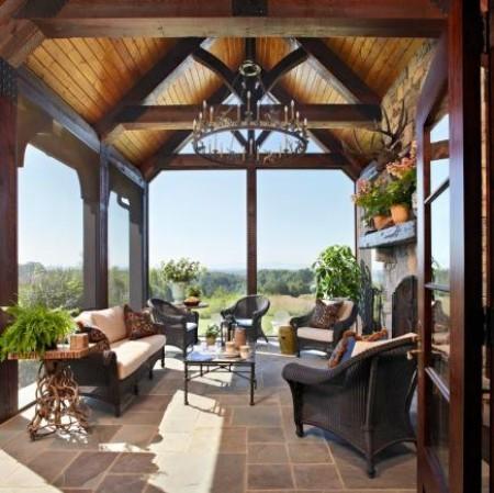 Stilvolle Verandagestaltung klassischer Look braun