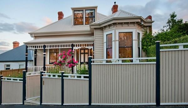 Urlaubsort Australien Tasmanien Stadthaus kolonialer Stil