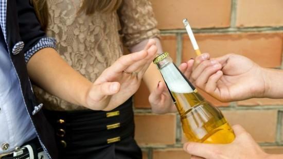alkohol und zigaretten aufgeben was hilft gegen falten