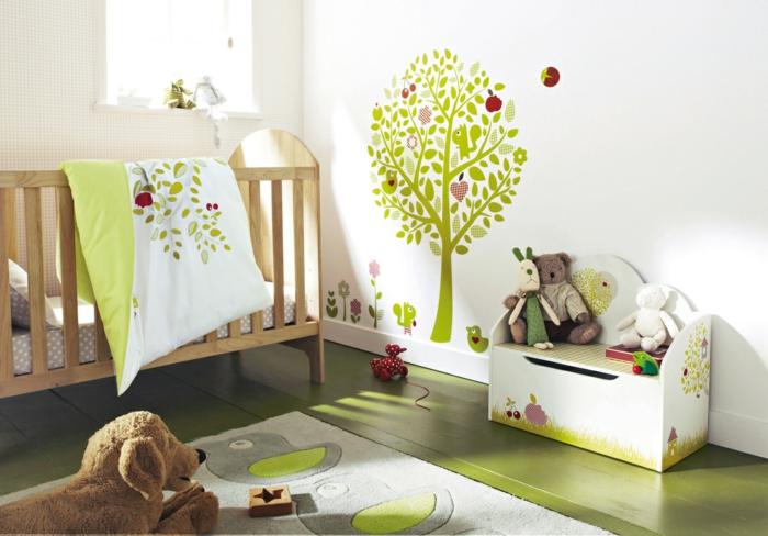 babyzimmer deko ideen grüne elemente spielzeuge