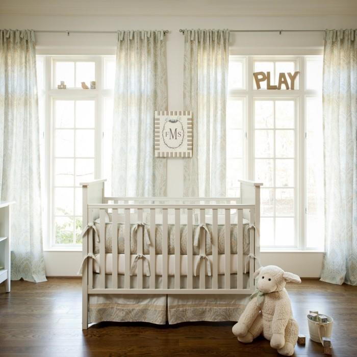 babyzimmer deko ideen helle bettwäsche schöner bodenbelag
