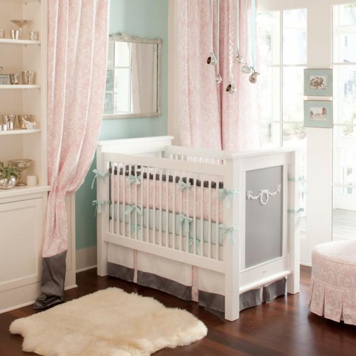 babyzimmer deko ideen helle farbtöne graue akzente