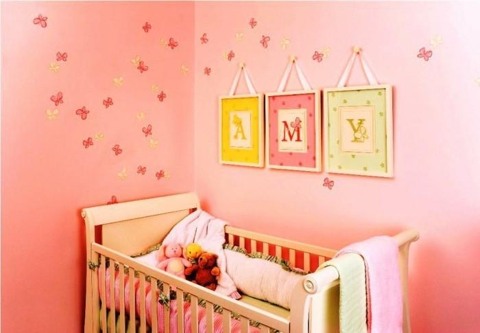 babyzimmer deko ideen niedliche dekoideen schmetterlinge frische wandfarbe