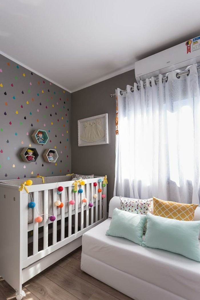 babyzimmer deko ideen wanddesign tropfen dielenboden