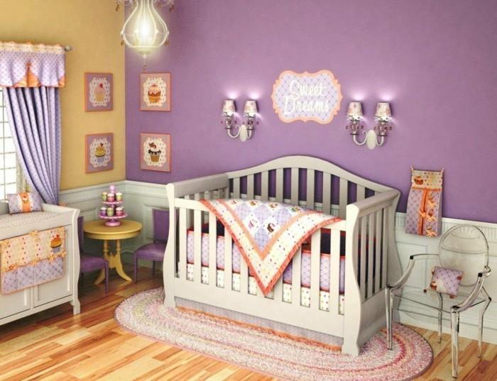 babyzimmer farben lila gelb schöner bodenbelag