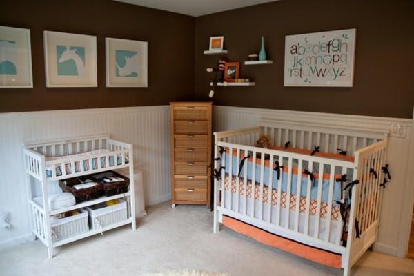 babyzimmer junge ideen braune wandfarbe helle möbel