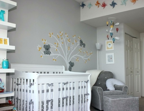babyzimmer junge ideen grauer sessel weißes babybett