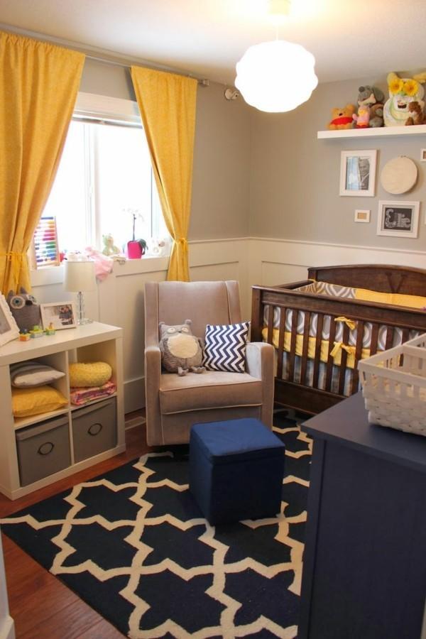 babyzimmer junge ideen hellgraue wände dunkelblauer schrank teppich