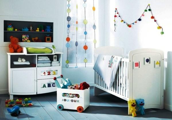 babyzimmer junge ideen weißes ambiente dielenboden