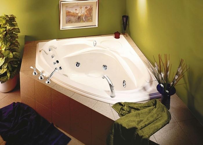 eckwanne gemütliches badezimmer einrichten große ablagefläche