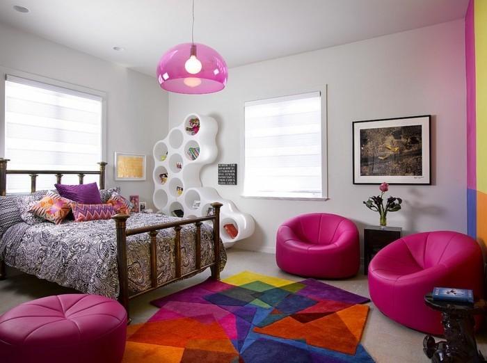 farbgestaltung kinderzimmer farbenfroh geometrischer teppich