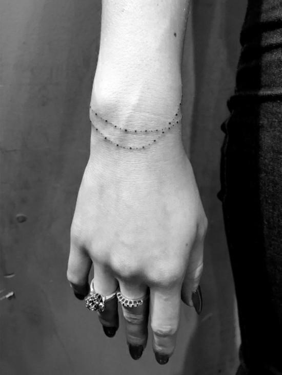 Armband Tattoos Klein Fein Und Ein Echter Hingucker