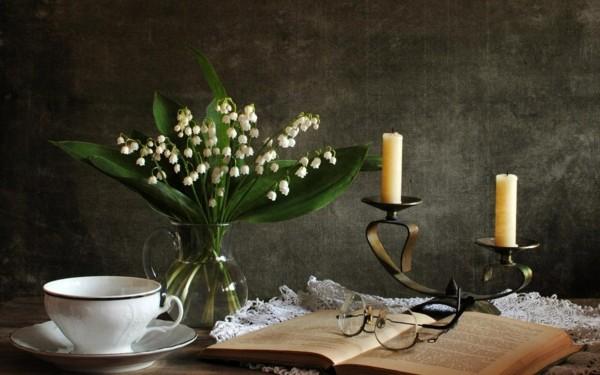 frühlingsblumen deko dekoideen tisch maiglöckchen