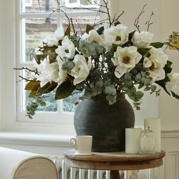 frühlingsblumen deko magnolia grße vase tischdeko