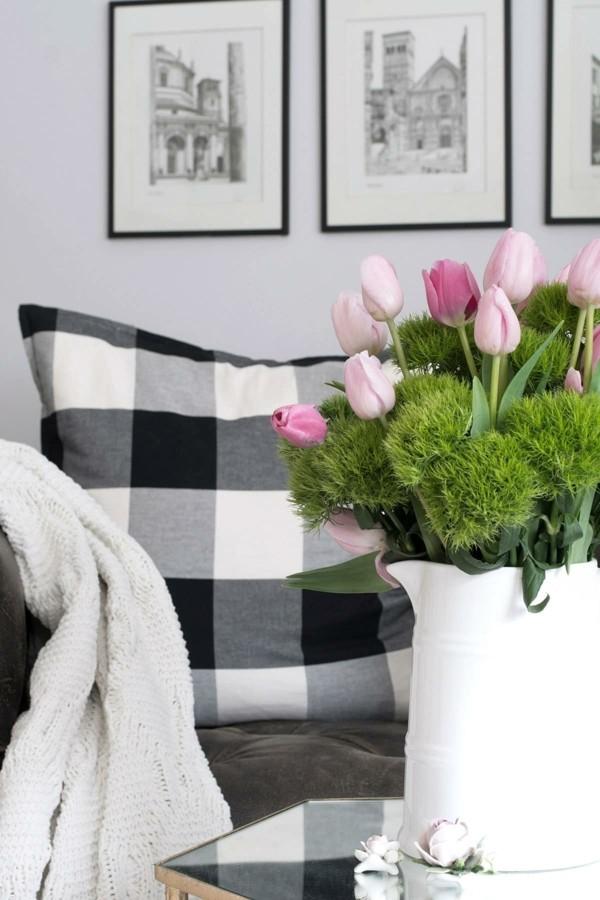 frühlingsblumen deko wohnbereich modern dekorieren