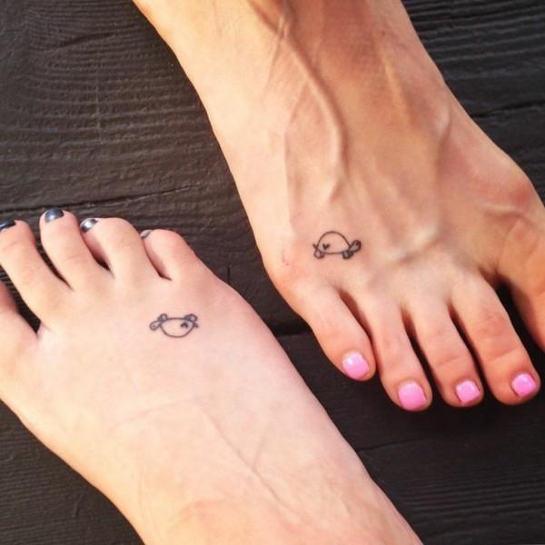 freundschaftstattoo ideen fuß tattoos frauen