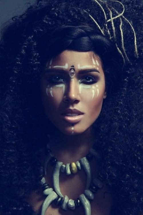 gesichtsbemalung indianer daramtischer look