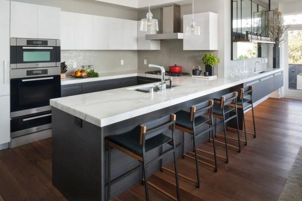küchen inspiration große arbeitsfläche dunkler boden