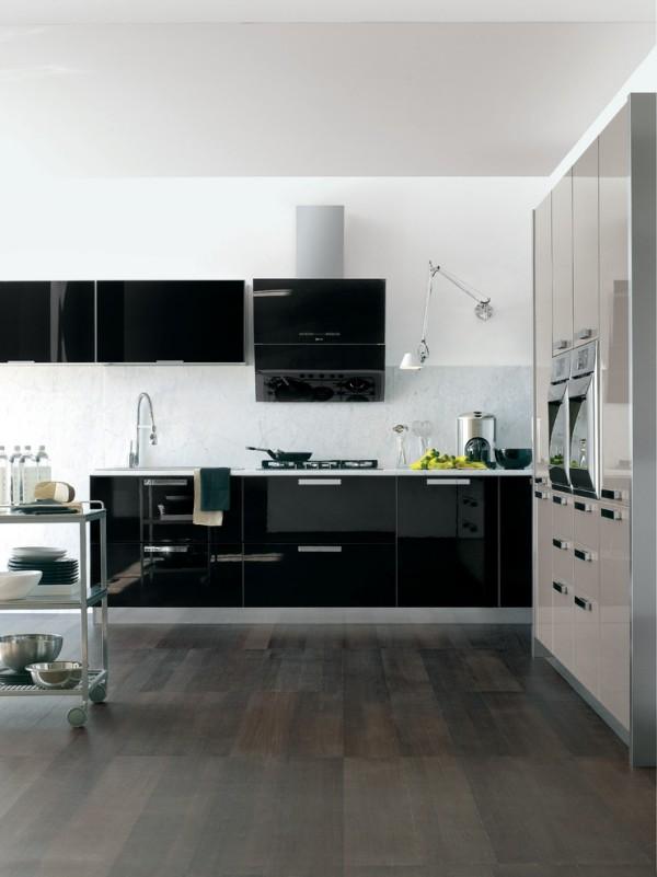 küchen inspiration italienische küche schwarze oberflächen