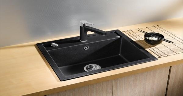 küchenspüle granit schwarzes design arbeitsoberfläche helles holz